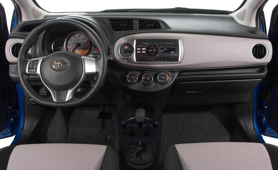 2012 Toyota Yaris LE 3-door - Slide 10