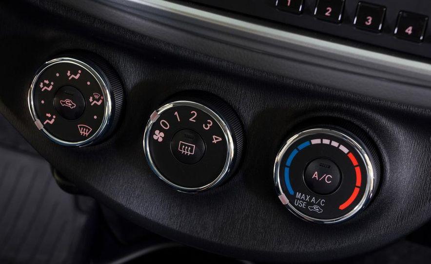 2012 Toyota Yaris LE 3-door - Slide 37