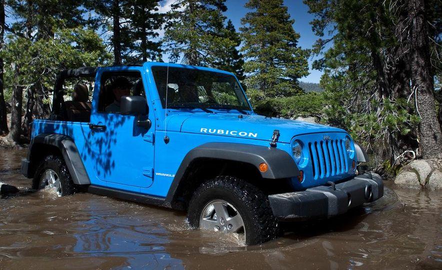 2012 Jeep Wrangler Rubicon - Slide 12