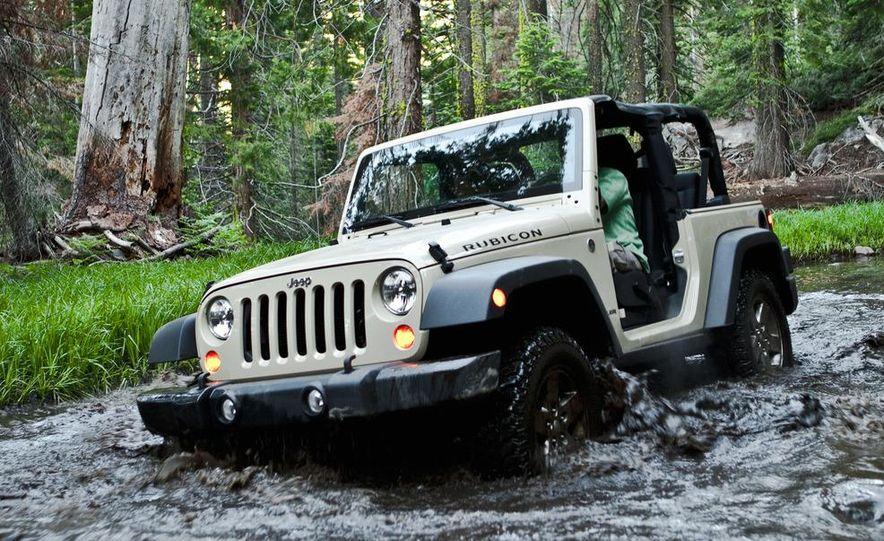 2012 Jeep Wrangler Rubicon - Slide 15