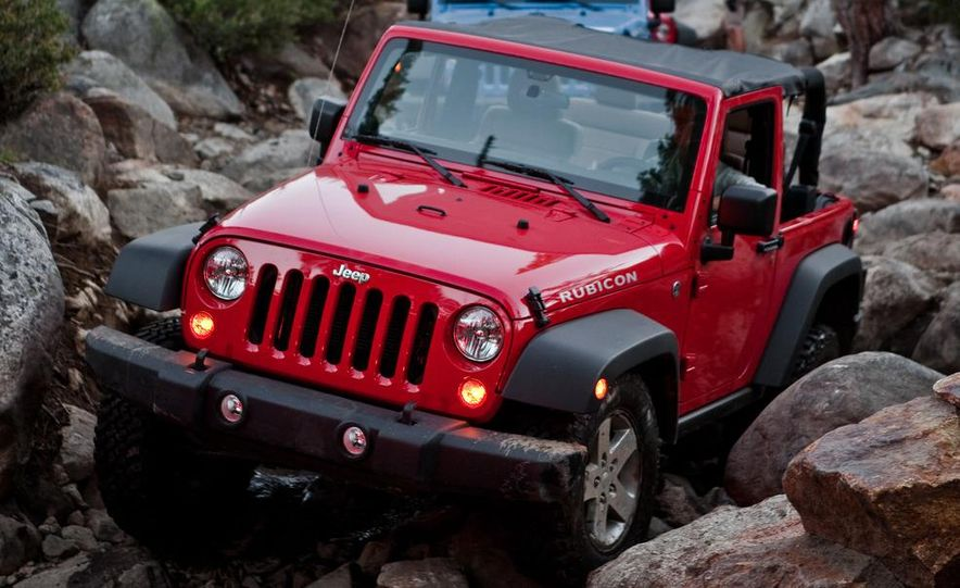 2012 Jeep Wrangler Rubicon - Slide 17