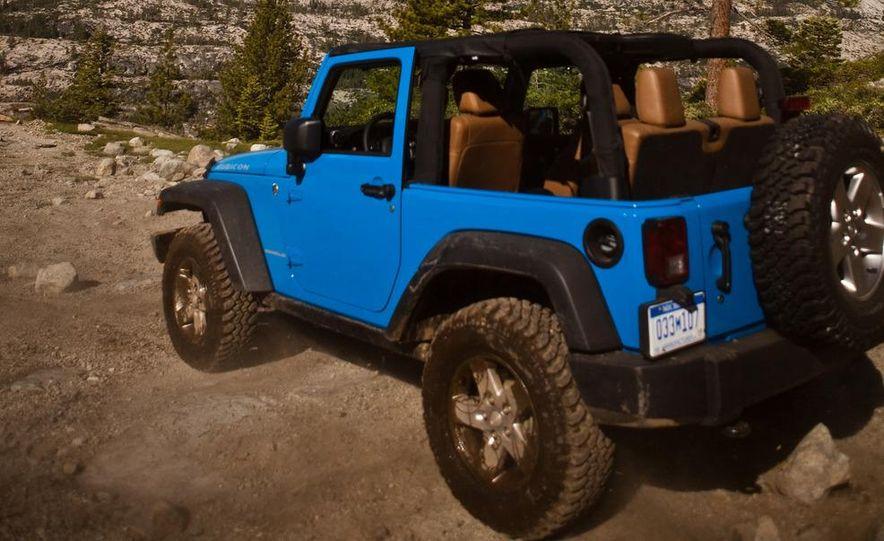 2012 Jeep Wrangler Rubicon - Slide 18