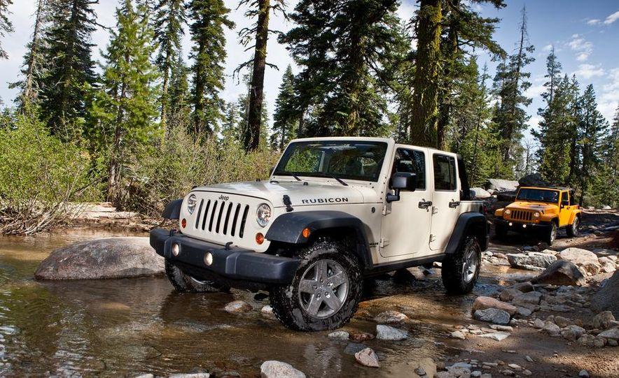 2012 Jeep Wrangler Rubicon - Slide 24