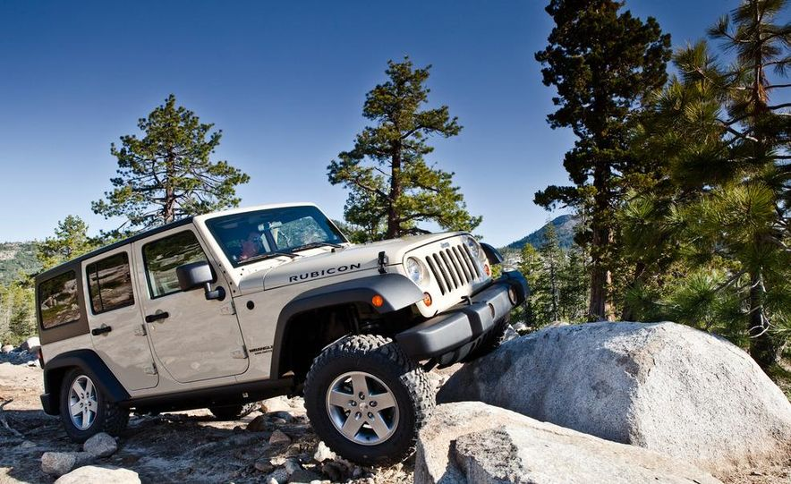 2012 Jeep Wrangler Rubicon - Slide 37