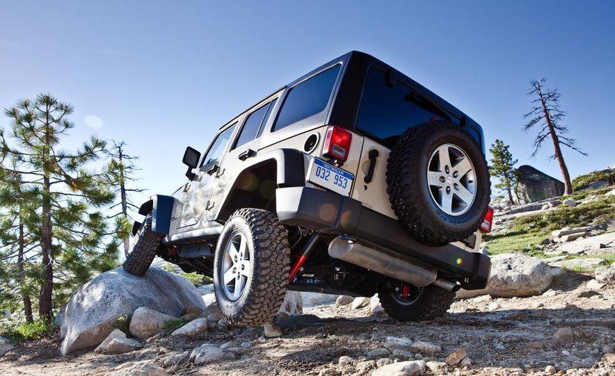 2012 Jeep Wrangler Rubicon - Slide 38