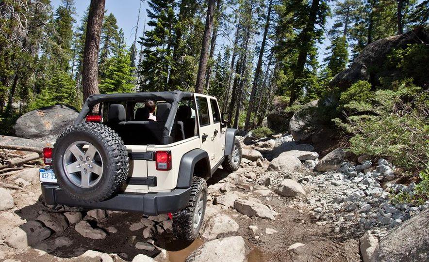 2012 Jeep Wrangler Rubicon - Slide 41