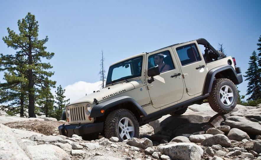 2012 Jeep Wrangler Rubicon - Slide 43
