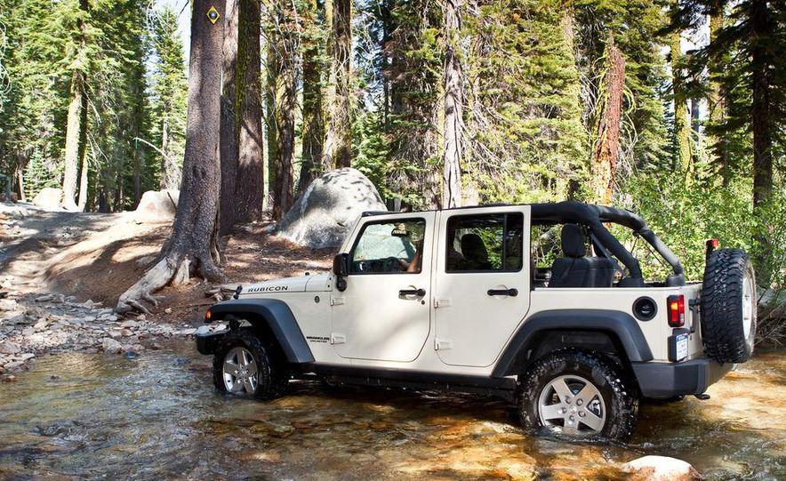 2012 Jeep Wrangler Rubicon - Slide 45
