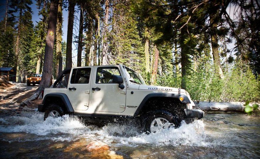 2012 Jeep Wrangler Rubicon - Slide 46