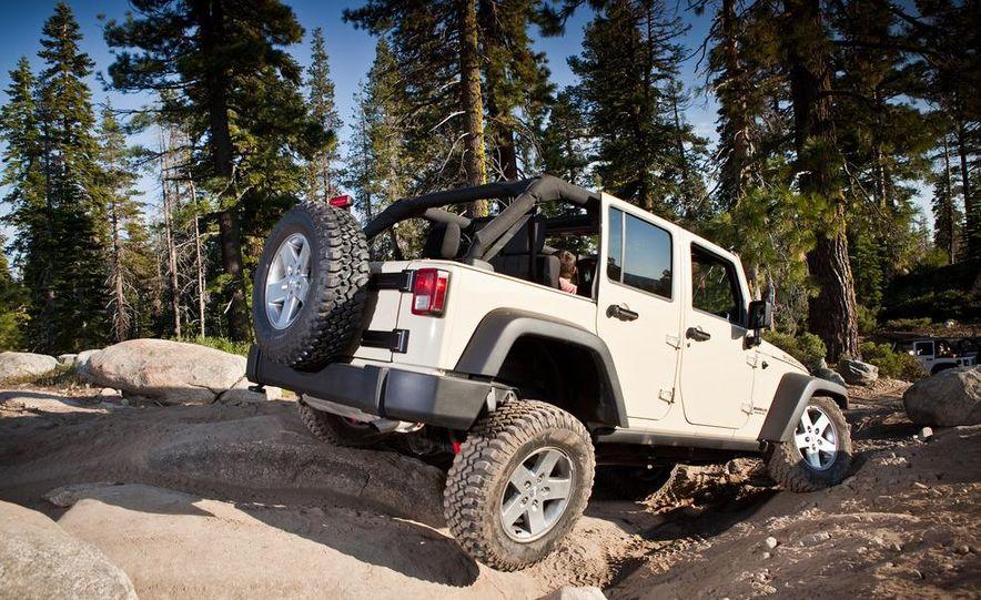 2012 Jeep Wrangler Rubicon - Slide 47