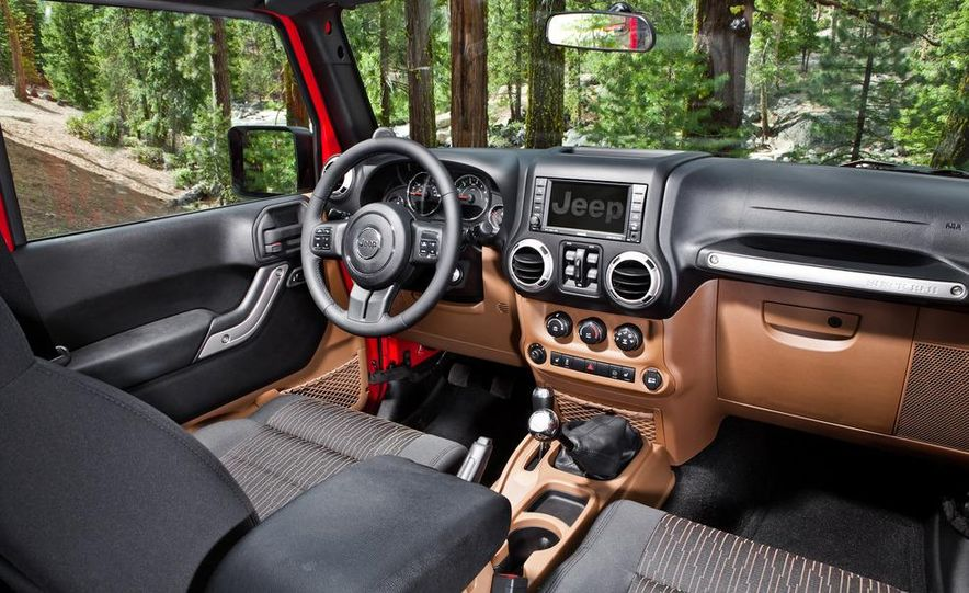 2012 Jeep Wrangler Rubicon - Slide 55