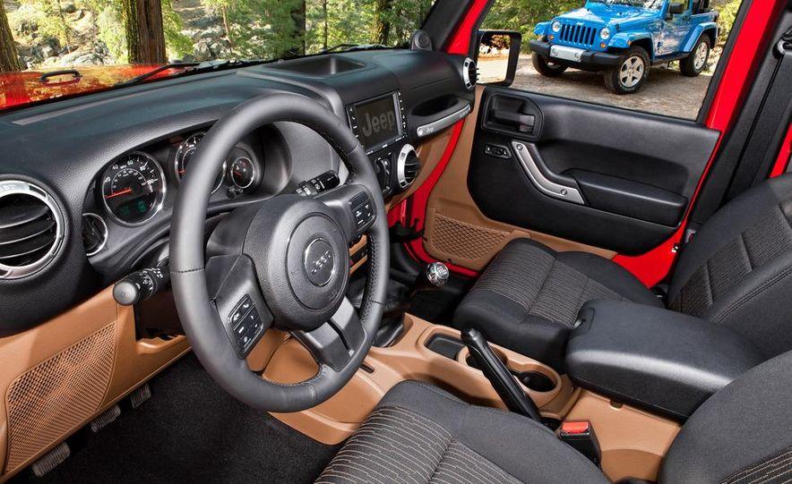 2012 Jeep Wrangler Rubicon - Slide 56