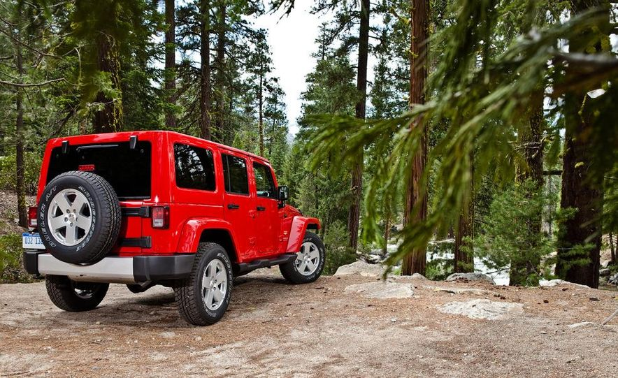 2012 Jeep Wrangler Rubicon - Slide 53