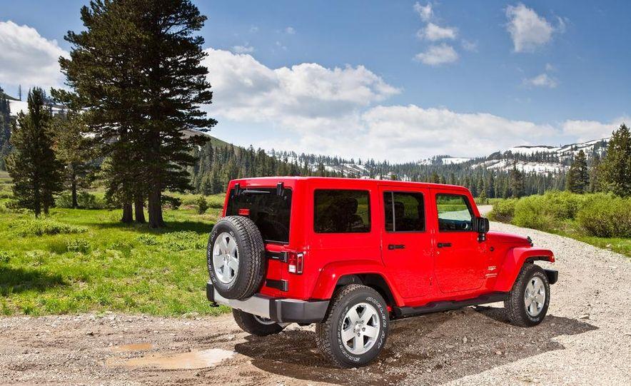2012 Jeep Wrangler Rubicon - Slide 63