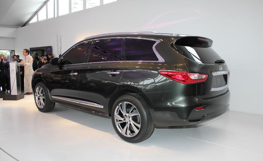 2013 Infiniti JX crossover concept - Slide 9