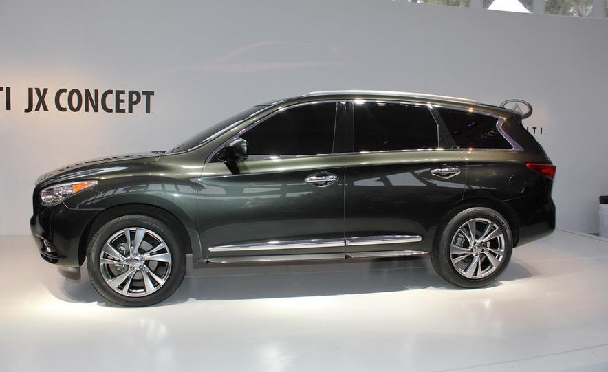 2013 Infiniti JX crossover concept - Slide 12
