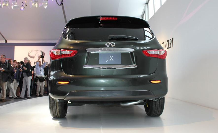 2013 Infiniti JX crossover concept - Slide 13