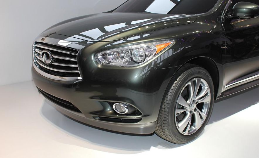 2013 Infiniti JX crossover concept - Slide 5