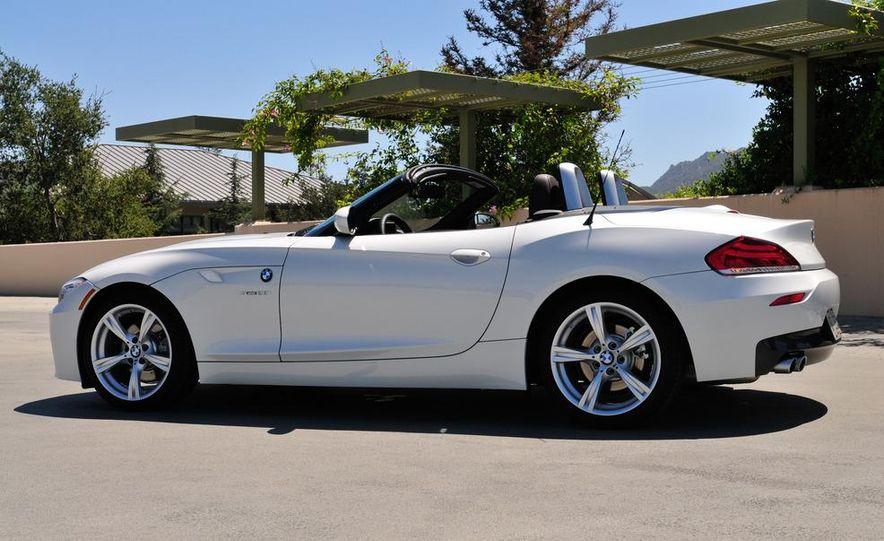 2012 BMW Z4 sDrive28i - Slide 3