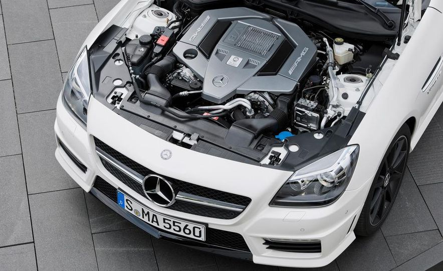 2012 Mercedes-Benz SLK55 AMG - Slide 36