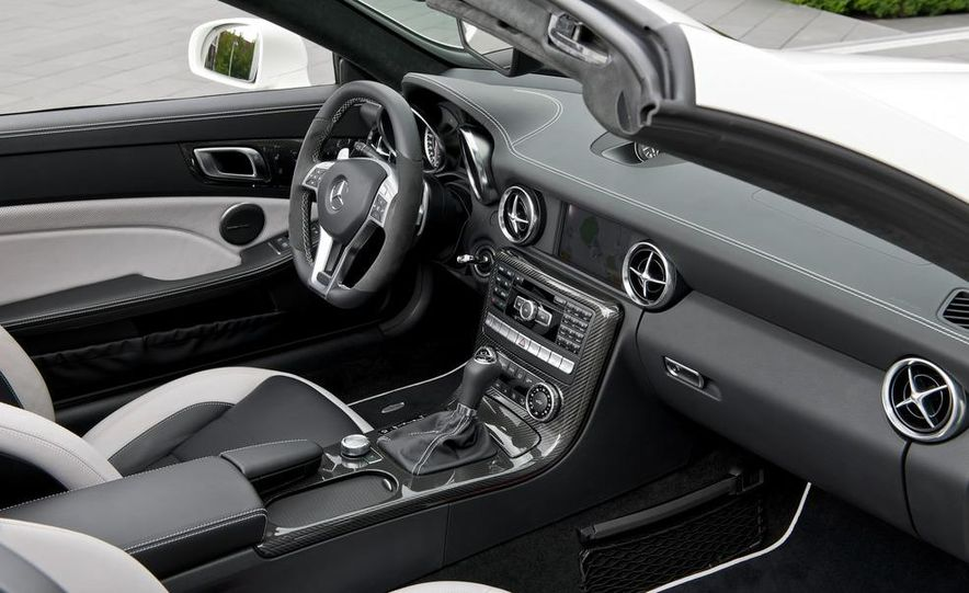 2012 Mercedes-Benz SLK55 AMG - Slide 32