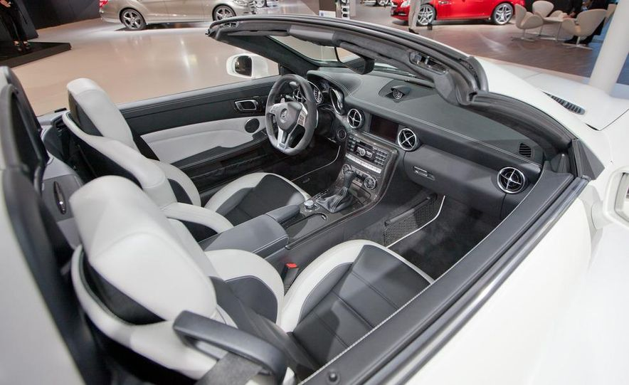 2012 Mercedes-Benz SLK55 AMG - Slide 10