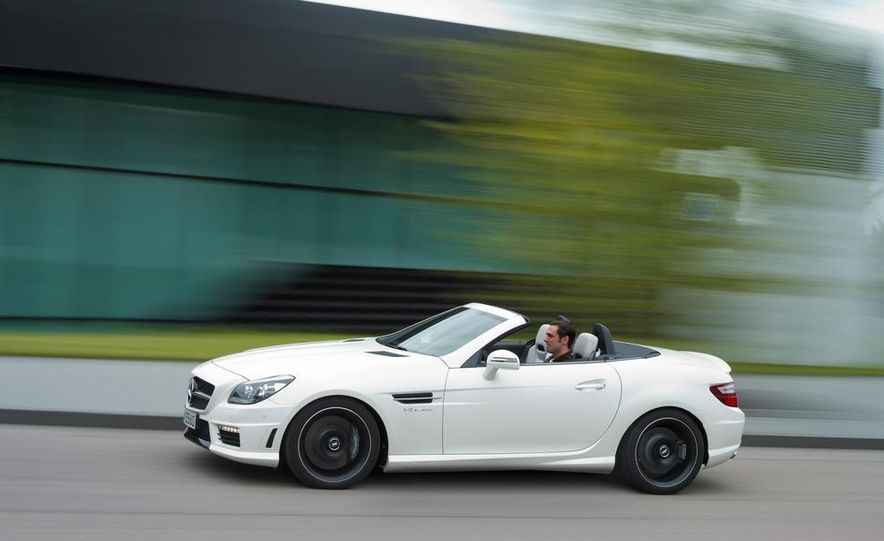 2012 Mercedes-Benz SLK55 AMG - Slide 11