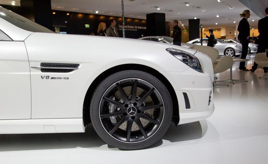 2012 Mercedes-Benz SLK55 AMG - Slide 6