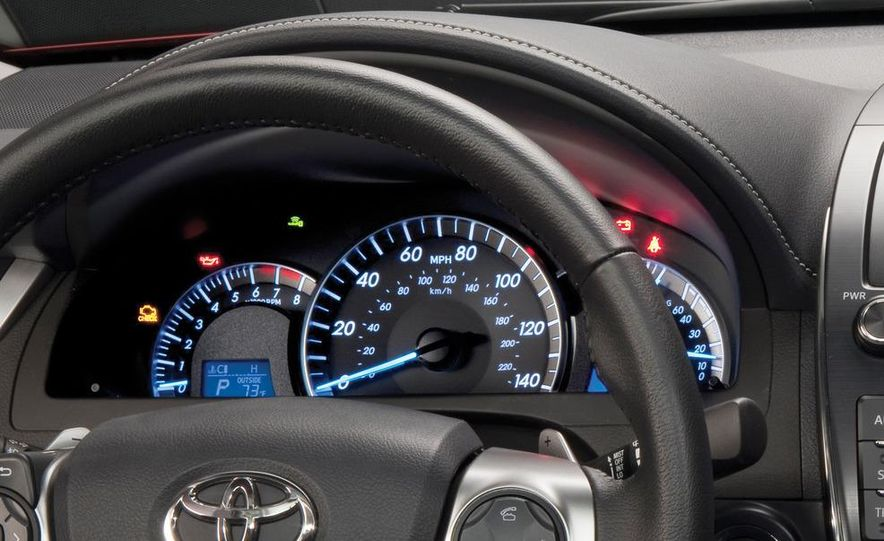 2012 Toyota Camry SE, Hybrid, LE, and XLE - Slide 11