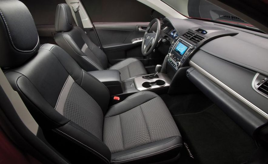 2012 Toyota Camry SE, Hybrid, LE, and XLE - Slide 9