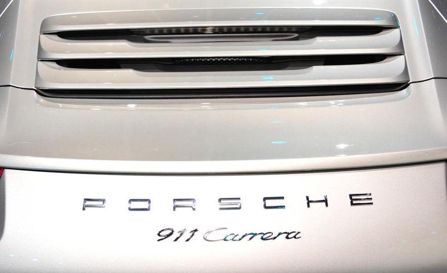 2012 Porsche 911 Carrera - Slide 8