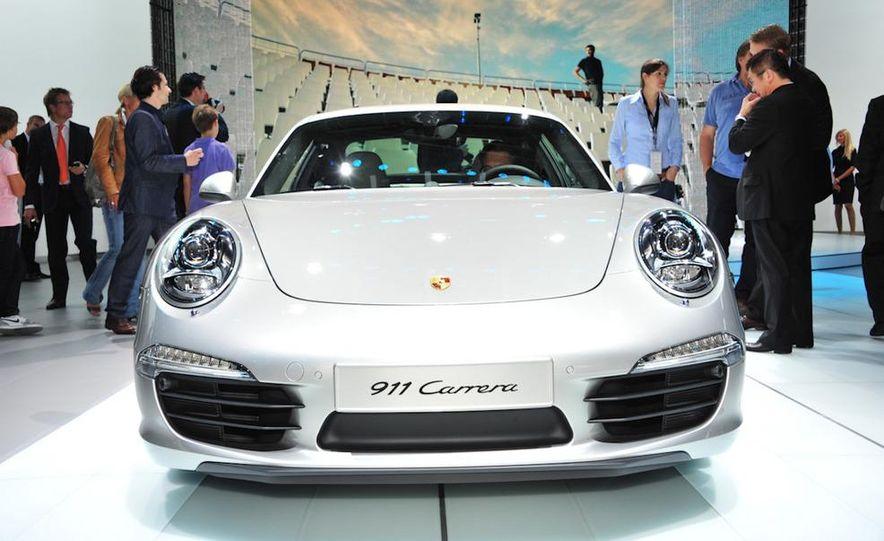 2012 Porsche 911 Carrera - Slide 3