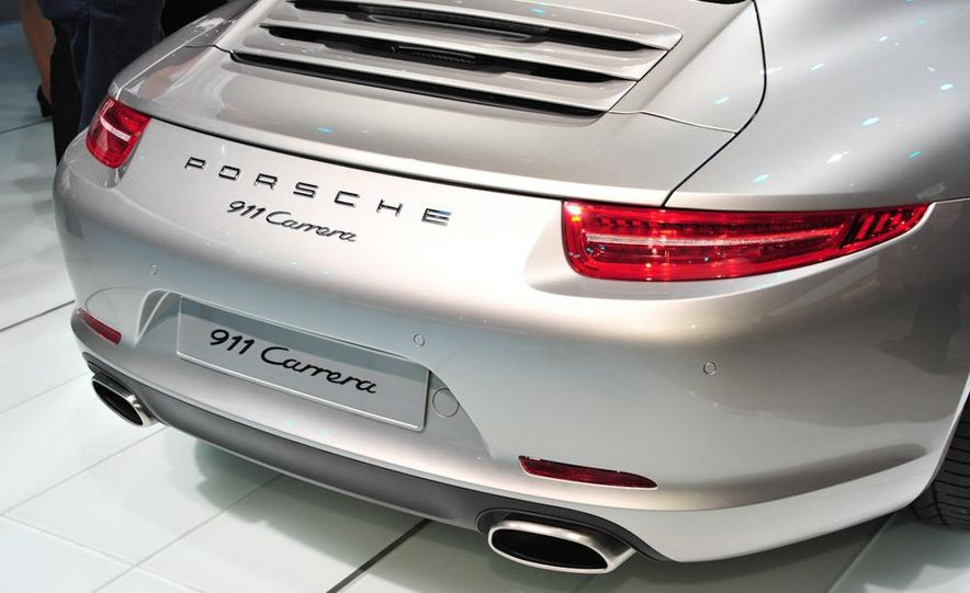 2012 Porsche 911 Carrera - Slide 5
