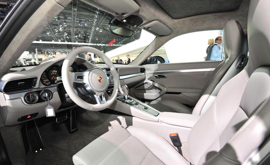2012 Porsche 911 Carrera - Slide 49