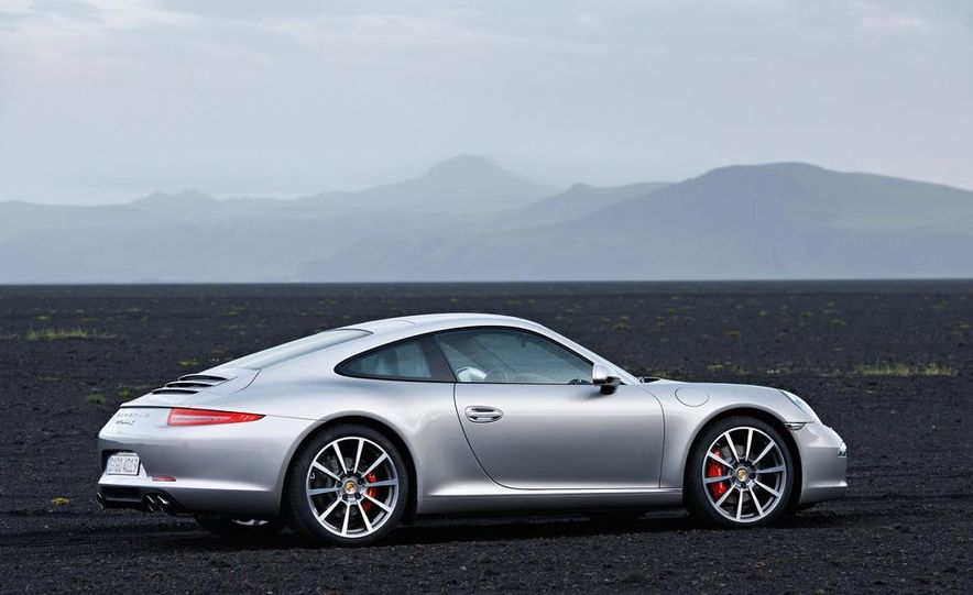 2012 Porsche 911 Carrera - Slide 65