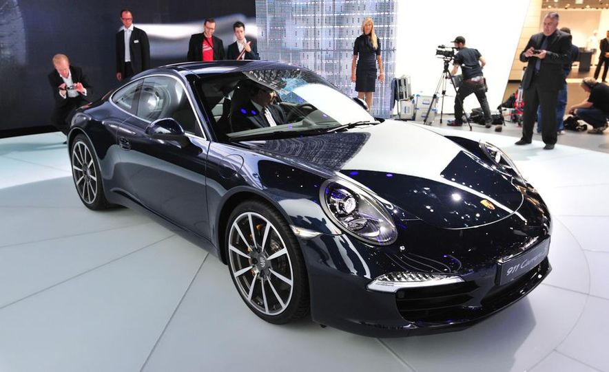 2012 Porsche 911 Carrera - Slide 27