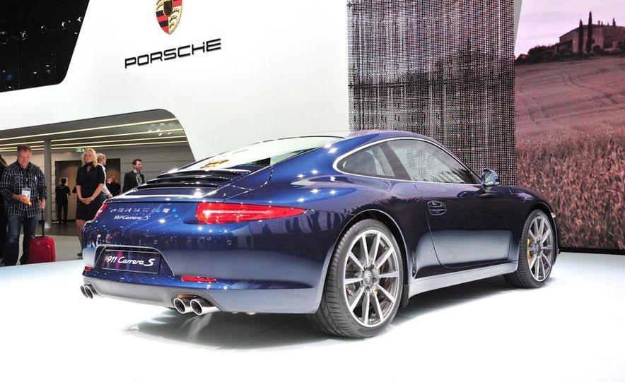 2012 Porsche 911 Carrera - Slide 28
