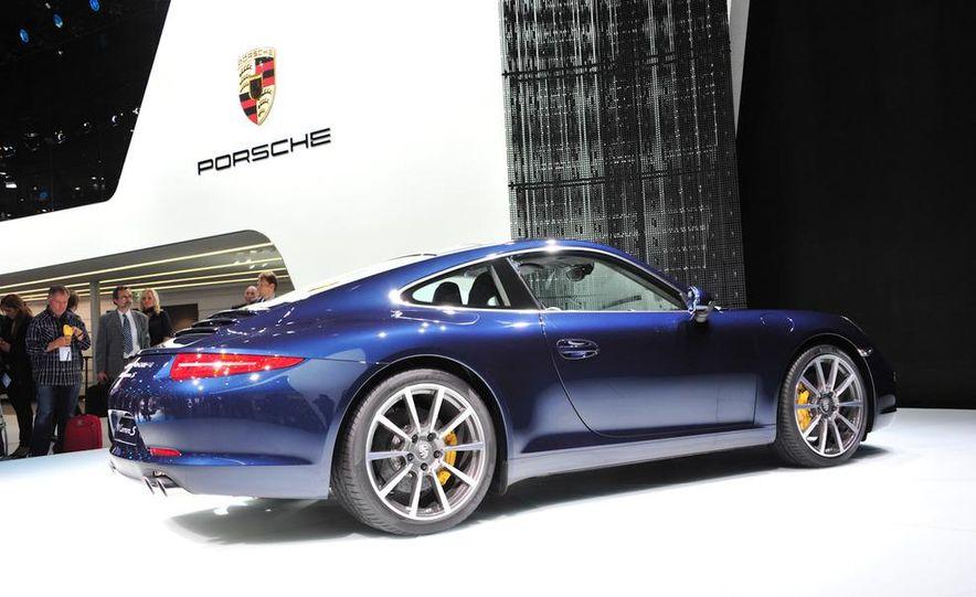 2012 Porsche 911 Carrera - Slide 29