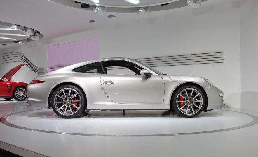 2012 Porsche 911 Carrera - Slide 74