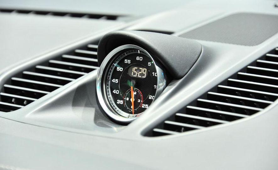 2012 Porsche 911 Carrera - Slide 19