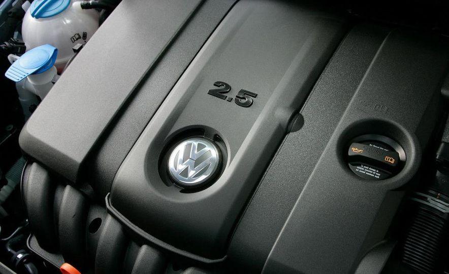 2013 Volkswagen Golf 5-door (spy photo) - Slide 63