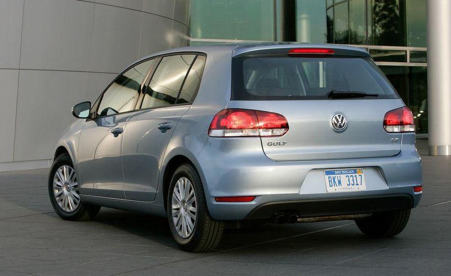 2013 Volkswagen Golf 5-door (spy photo) - Slide 59