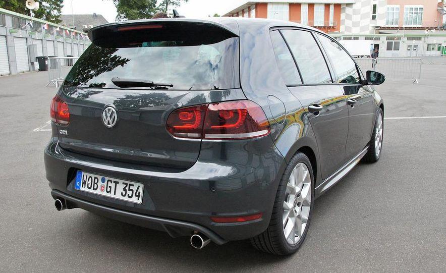2013 Volkswagen Golf 5-door (spy photo) - Slide 76