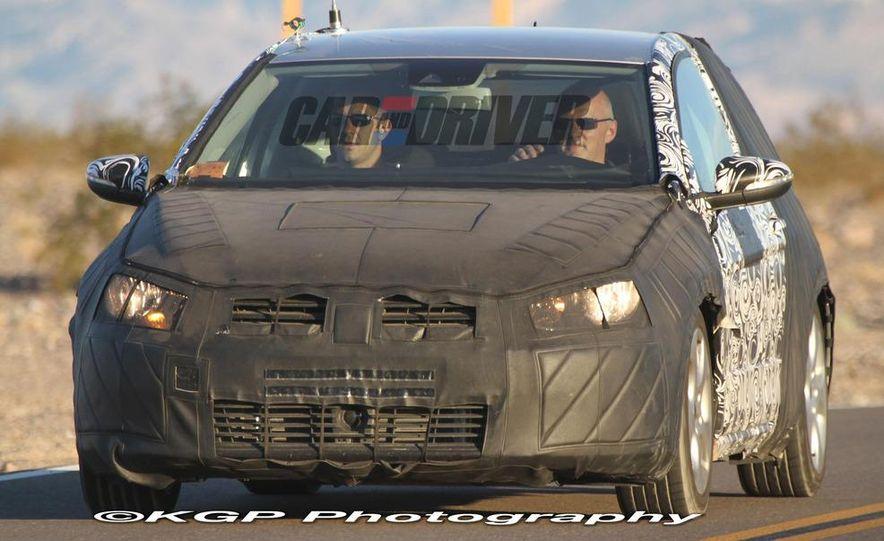2013 Volkswagen Golf 5-door (spy photo) - Slide 26