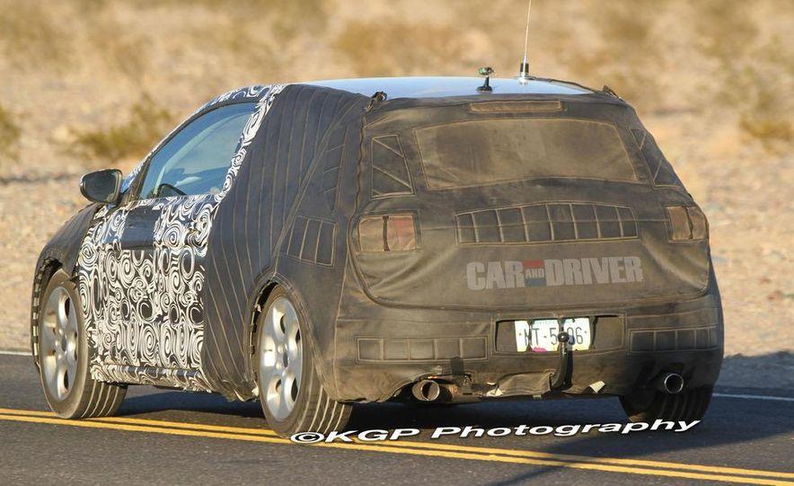 2013 Volkswagen Golf 5-door (spy photo) - Slide 35