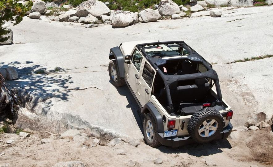 2012 Jeep Grand Cherokee - Slide 22