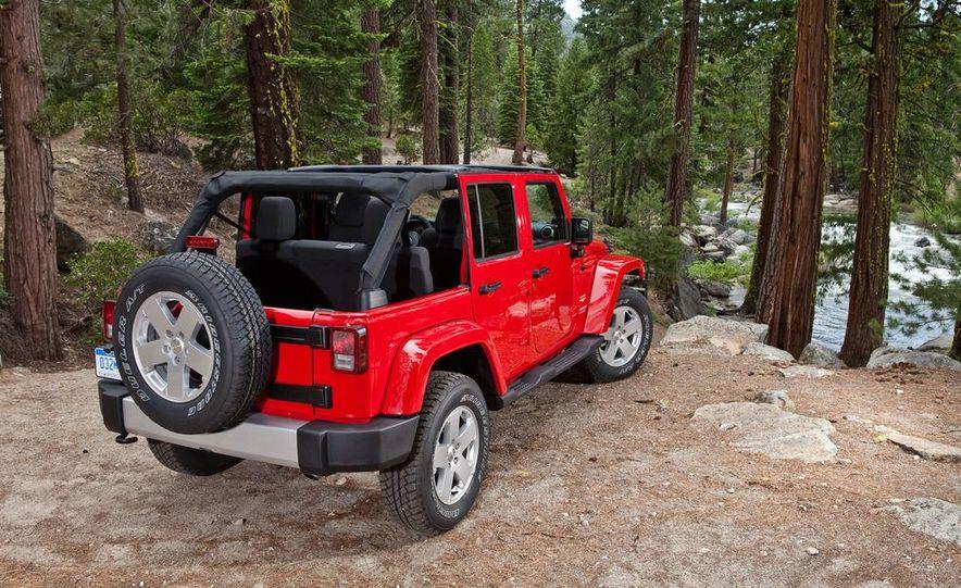 2012 Jeep Grand Cherokee - Slide 27
