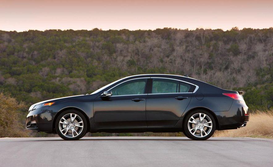 2012 Acura TL SH-AWD - Slide 3