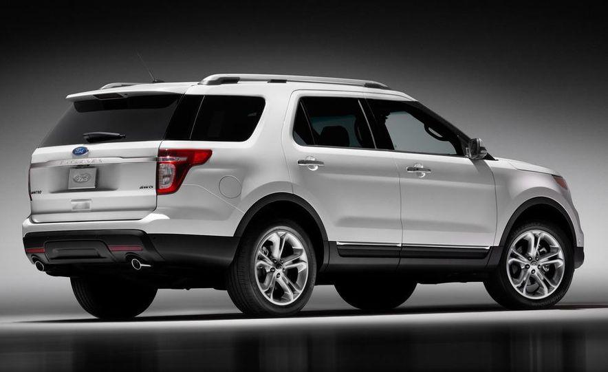 2012 Ford Explorer Limited 4WD - Slide 4