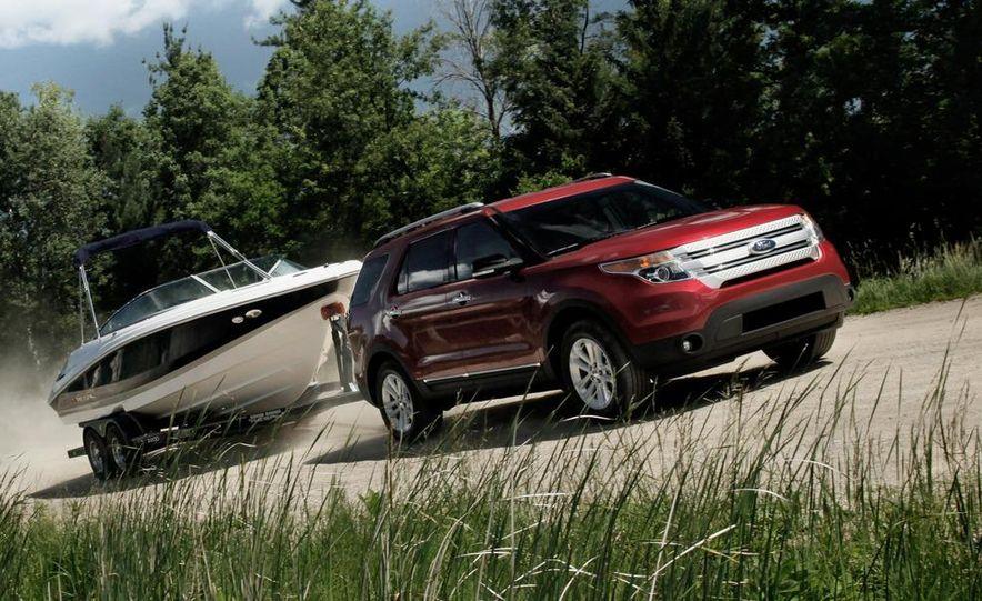 2012 Ford Explorer Limited 4WD - Slide 19